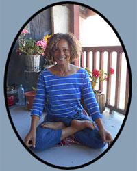 image du professeur de yoga YO BI SAN