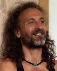 image du professeur de yoga SATTVA YOGA