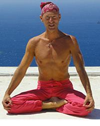 image du professeur de yoga NATHA YOGA AZUR