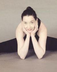 image du professeur de yoga HENNO Sandrine