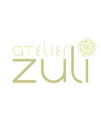 image du professeur de yoga ATELIER ZULI