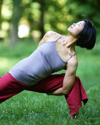 image du professeur de yoga MAYA BARNARD YOGA