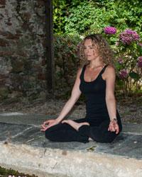 image du professeur de yoga PINEAU Ysabel