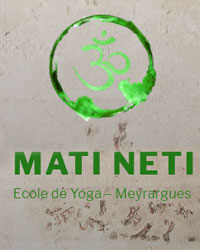 image du professeur de yoga GAVEN annie