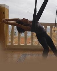 image professeur yoga JYOTI YOGI