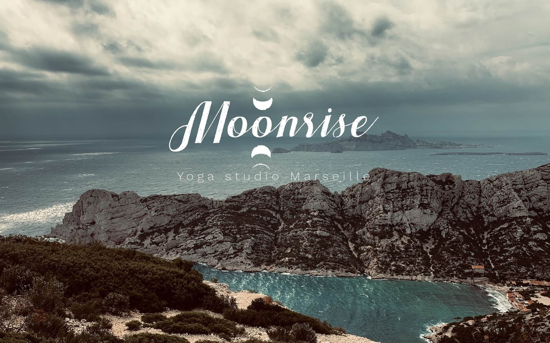 Professeur Yoga MOONRISE YOGA STUDIO MARSEILLE